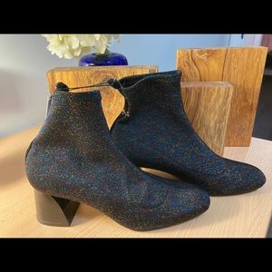 NWT 🍁2for$55 Zara Multi sparkle booties l size 8
